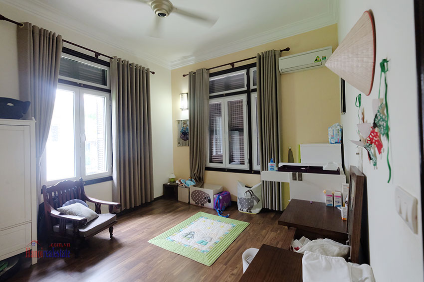 Big courtyard & furnished house in the heart of Tay Ho to rent 17