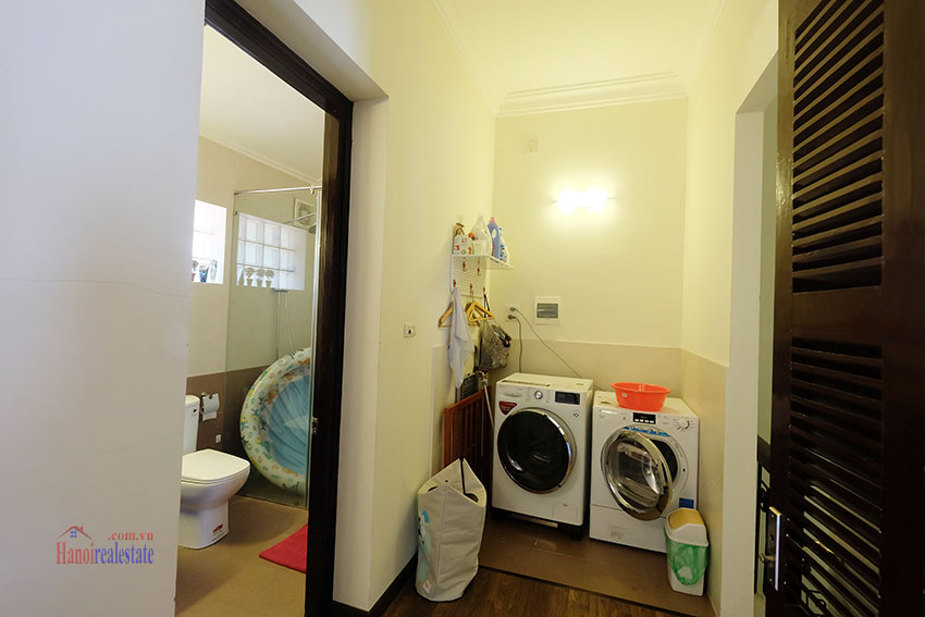 Big courtyard & furnished house in the heart of Tay Ho to rent 23