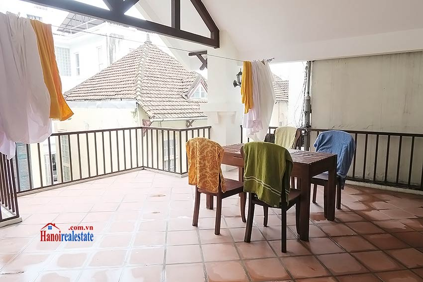 Big terrace 03 bedroom house to let in Tay Ho with fully furnished 17