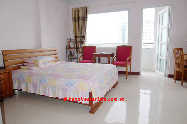 Bight apartment for lease in the center of Hanoi 10