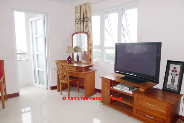Bight apartment for lease in the center of Hanoi 11