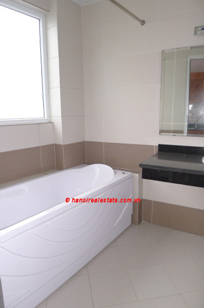 Bight apartment for lease in the center of Hanoi 6