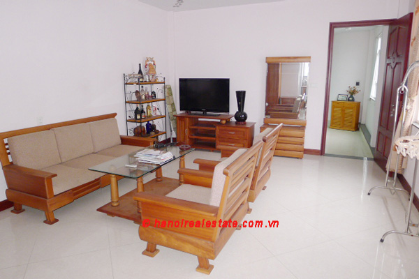 Bight apartment for lease in the center of Hanoi 8