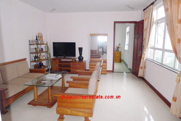 Bight apartment for lease in the center of Hanoi 9