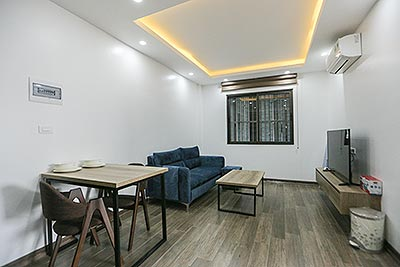 Brand new 01 bedroom apartment  on Tay Ho, high floor and big balcony
