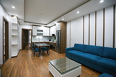 Brand new 02 bedroom apartment on Tay Ho street, with car access