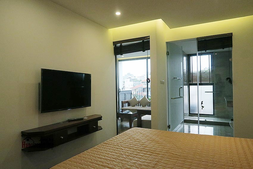Brand new 02BRs apartment on Xuan Dieu, balcony 14