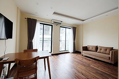 Brand new 1-bedroom apartment for rent in Truc Bach, Ba Dinh