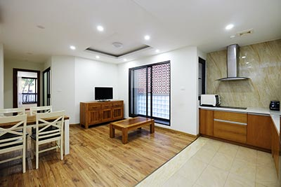 Brand new 2-bedroom apartment to rent on Tran Quoc Toan, Hoan Kiem