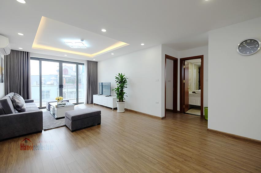 Brand new 3 bedroom apartment with lake view on Xuan Dieu 2