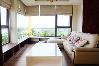 Brand new lake view 03BRs duplex penthouse apartment on To Ngoc Van St