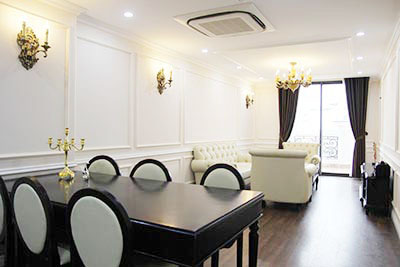 Brand new luxurious 2 bedroom apartment to let in Hai Ba Trung, Hanoi