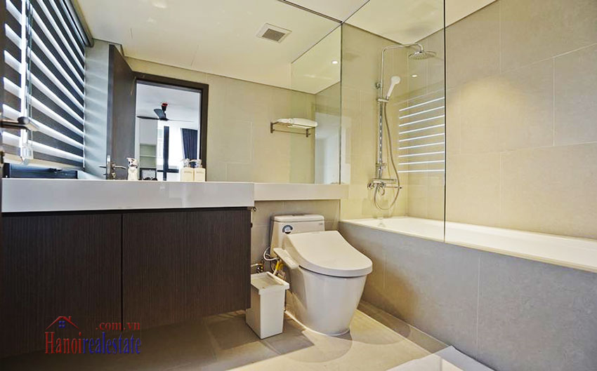 Brand new & Modern 01-bedroom apartment in Ba Dinh District to rent 8