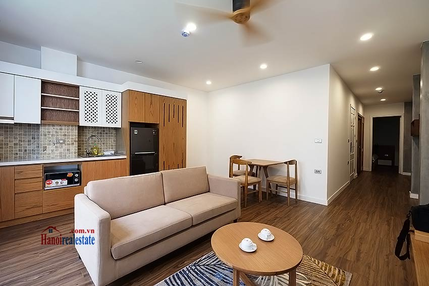 Brand new & modern 1-bedroom apartment for rent on Mac Dinh Chi, Truc Bach 3