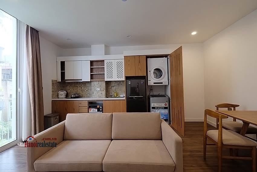 Brand new & modern 1-bedroom apartment for rent on Mac Dinh Chi, Truc Bach 5