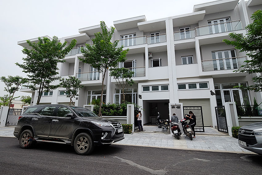 Brand new peaceful 05BRs house in K block Ciputra, unfurnished 1