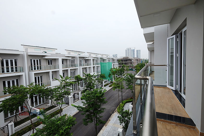 Brand new peaceful 05BRs house in K block Ciputra, unfurnished 42