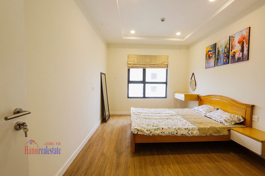 Brand new, spacious apartment for rent in Kosmo Tay Ho 10