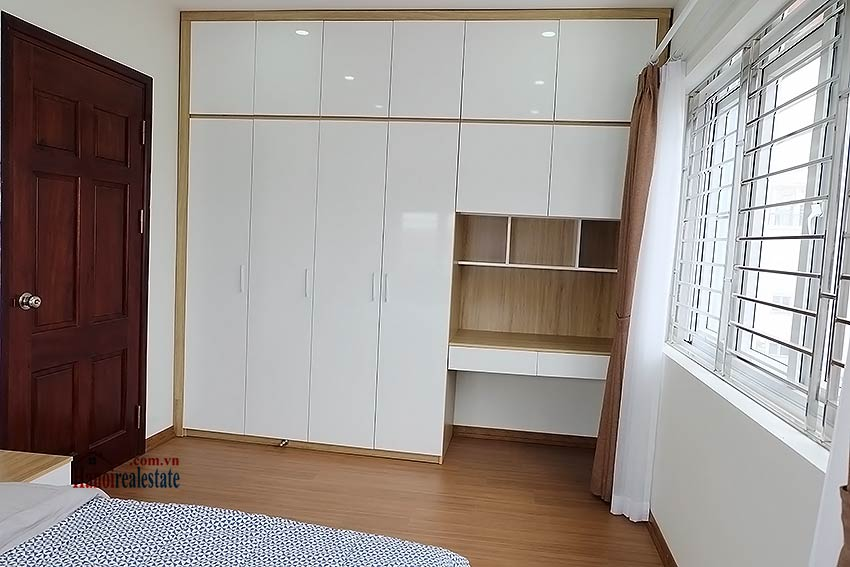 Brand-new 01BR apartment, fully furnished in Yen Phu Village 8