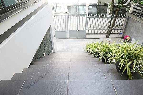 Brand-new, fully furnished 04BRs villa for rent at Tay Ho, with swimming pool. 9