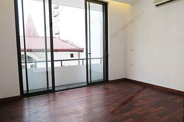 Brand-new, fully furnished 04BRs villa for rent at Tay Ho, with swimming pool. 38