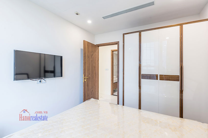 Brandnew Red River view 03 bedroom apartment in S2 Tower Sunshine City 3