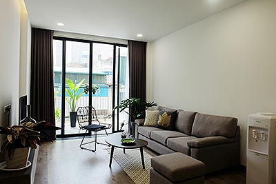 Brand-new serviced apartment in Xuan Dieu, 2 bedrooms, balcony
