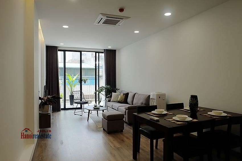 Brand-new serviced apartment in Xuan Dieu, 2 bedrooms, balcony 1