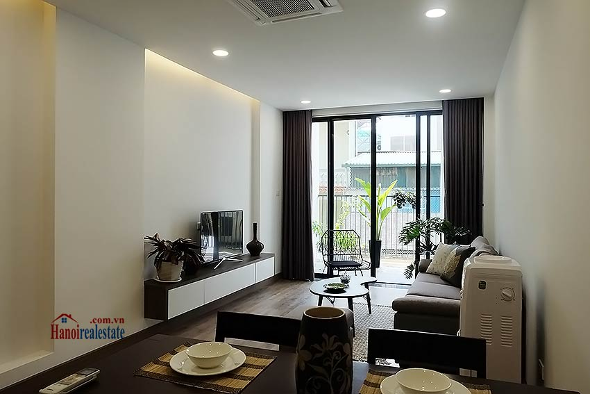 Brand-new serviced apartment in Xuan Dieu, 2 bedrooms, balcony 2