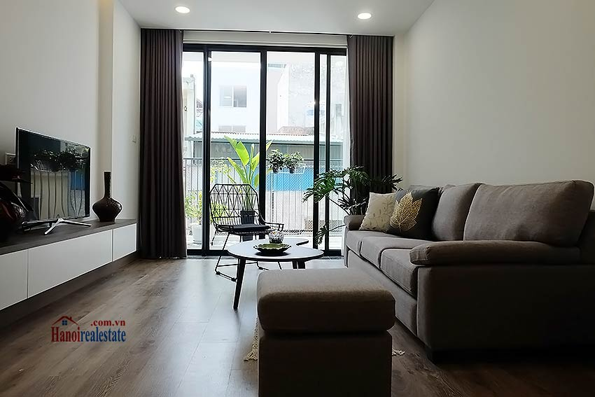Brand-new serviced apartment in Xuan Dieu, 2 bedrooms, balcony 3
