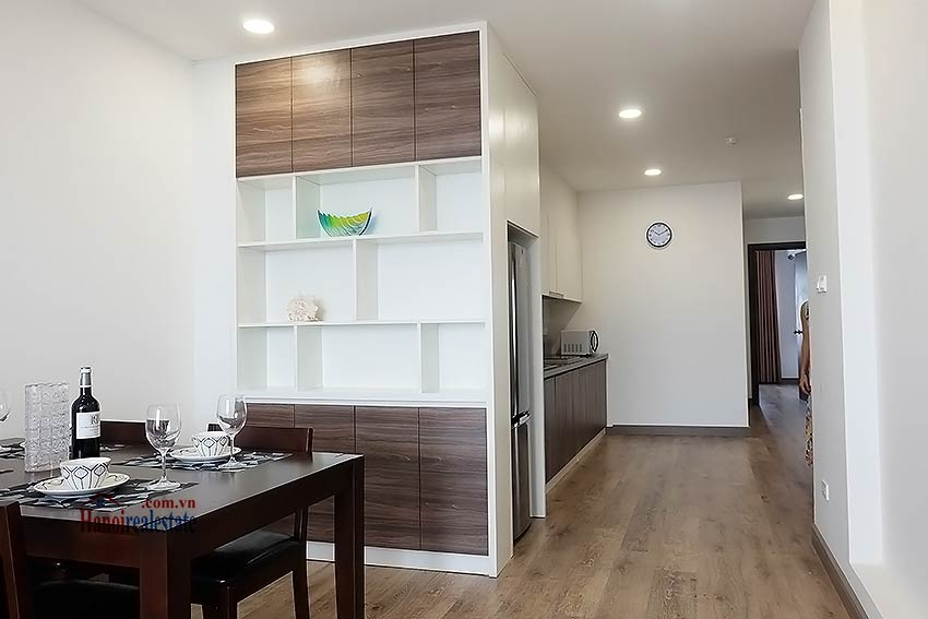 Brand-new serviced apartment in Xuan Dieu, 2 bedrooms, balcony 7