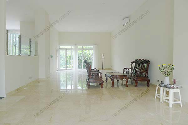 Brand-new, unfurnished 05+1 BRs house to lease at Q block Ciputra, bright and airy. 6
