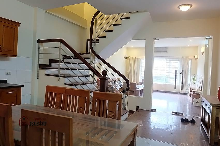 Bright 03BR house for rent in Au Co, Tay Ho Dist 14
