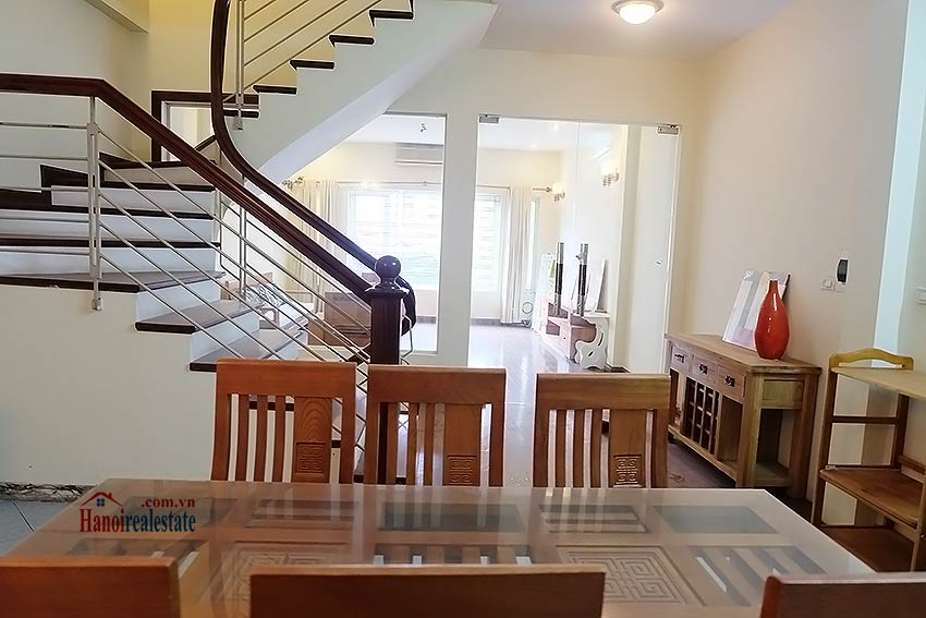 Bright 03BR house for rent in Au Co, Tay Ho Dist 15
