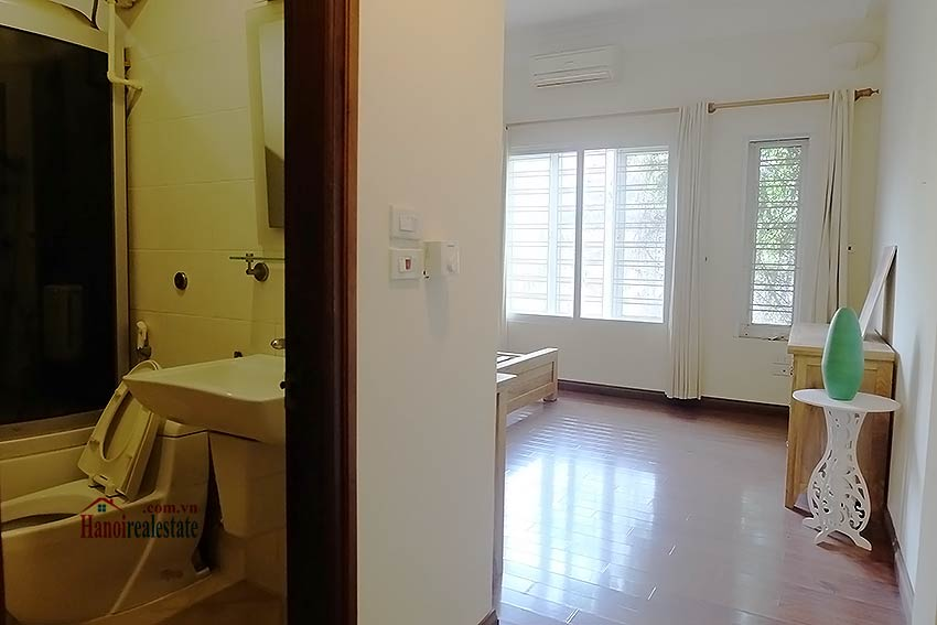 Bright 03BR house for rent in Au Co, Tay Ho Dist 19