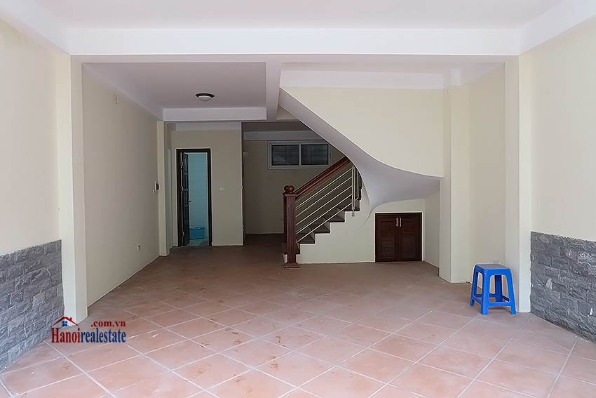 Bright 03BR house for rent in Au Co, Tay Ho Dist 3