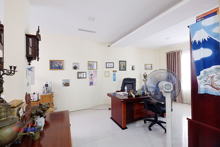 Bright 04BRs house for rent in quiet T8 Ciputra 2