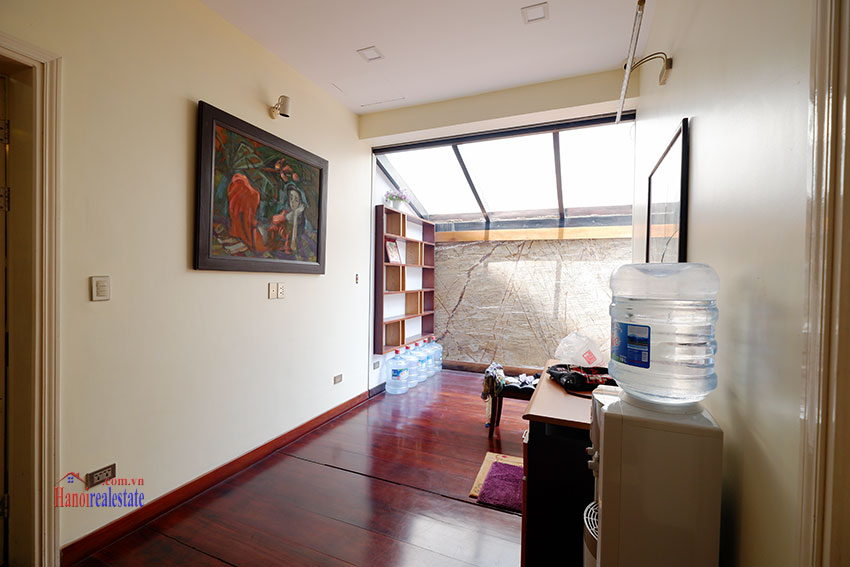 Bright 04BRs house for rent in quiet T8 Ciputra 6