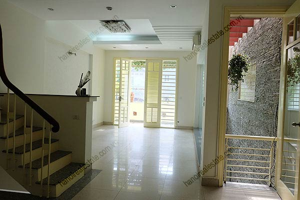 Bright, airy, beautiful house for rent in Tay Ho district 13