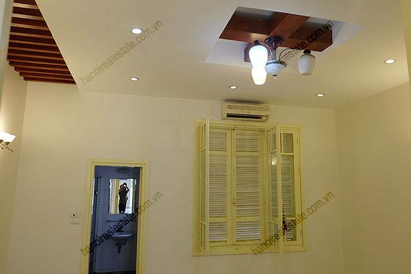 Bright, airy, beautiful house for rent in Tay Ho district 22