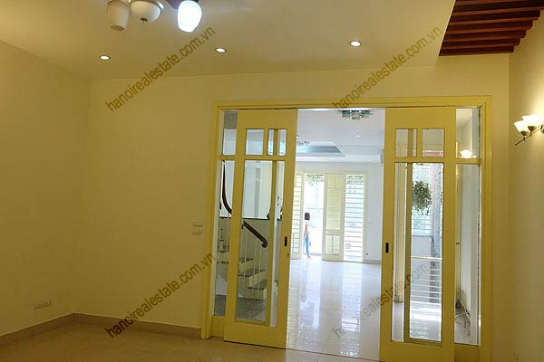 Bright, airy, beautiful house for rent in Tay Ho district 24