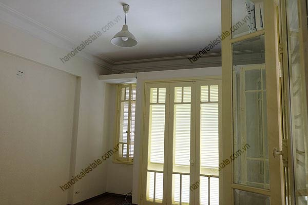 Bright, airy, beautiful house for rent in Tay Ho district 27