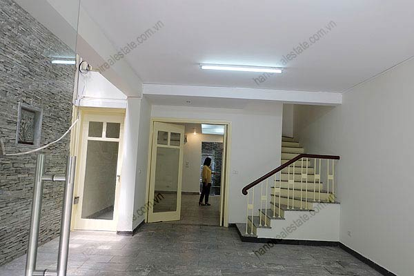 Bright, airy, beautiful house for rent in Tay Ho district 3