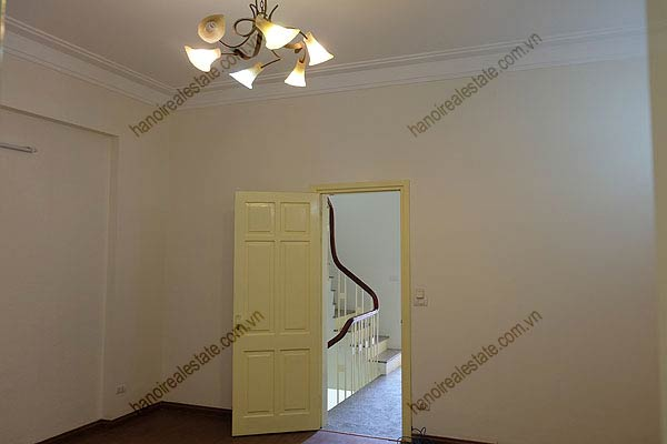 Bright, airy, beautiful house for rent in Tay Ho district 34