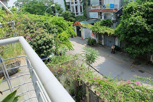 Bright, airy, beautiful house for rent in Tay Ho district 36