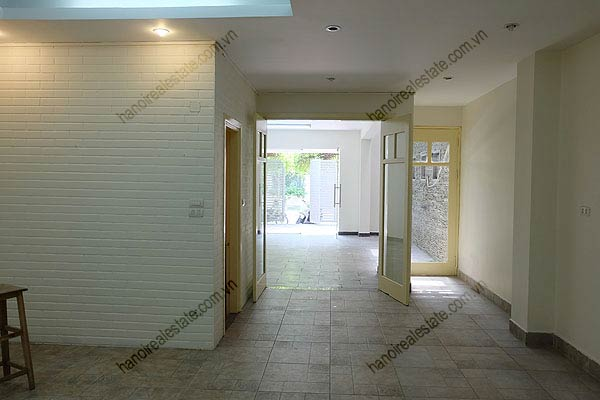Bright, airy, beautiful house for rent in Tay Ho district 8