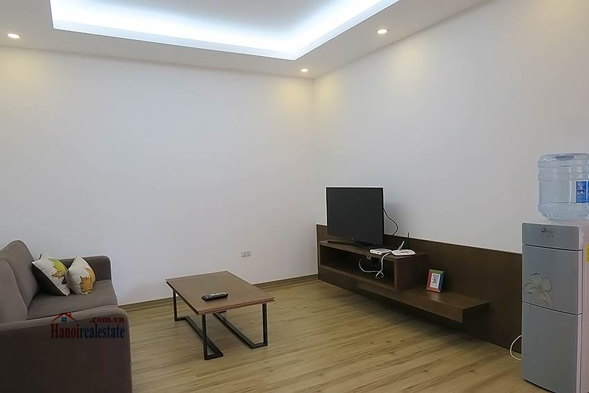 Bright and airy 01br apartment in Ba Dinh, clean and quiet 1