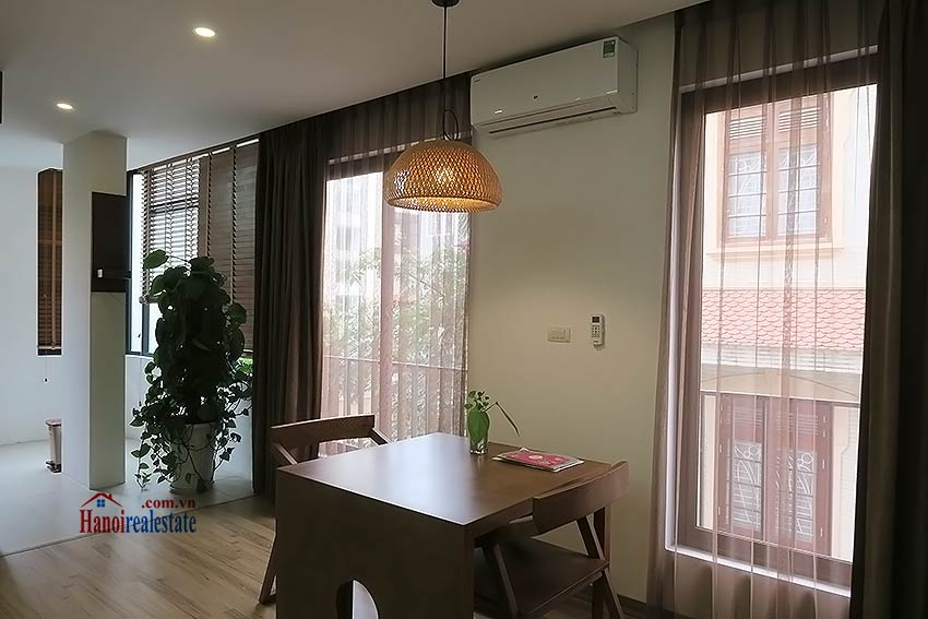 Bright and airy 01br apartment in Ba Dinh, clean and quiet 3