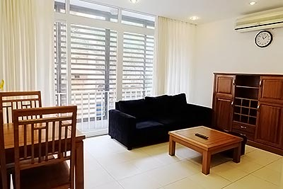 Bright and airy 01BR apartment in Linh Lang, Ba Dinh