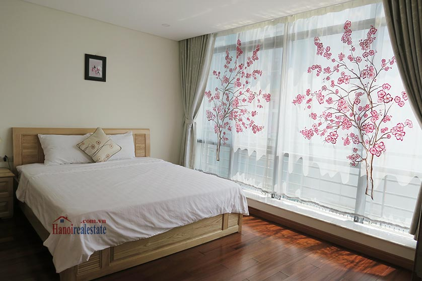 Bright and airy 02BRs serviced apartment in Ba Dinh District, city view 8